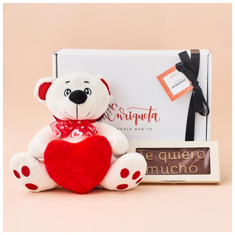 Caja Regalo con Oso Amoroso de Peluche y Tableta de Chocolate Te quiero Mucho