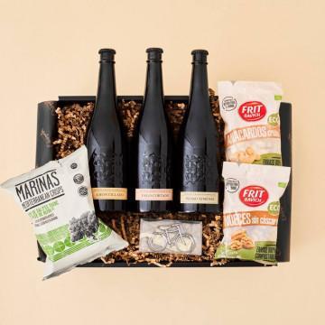 Regalo para amantes de la cerveza, 3 cervezas Alhambra edición numerada, frutos secos eco, patatas y abridor