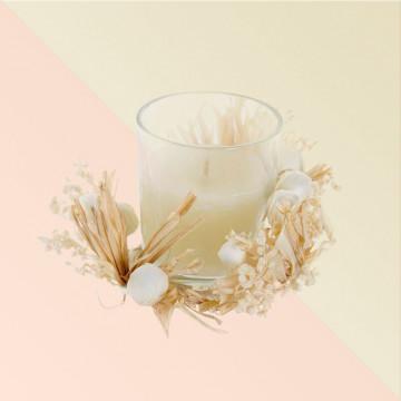 Vela aromática blanca en cajita de regalo
