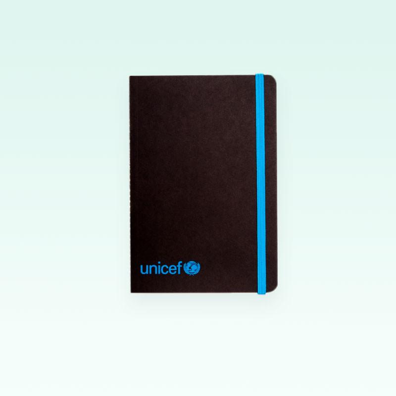 Cuaderno o libreta UNICEF tamaño A6, cierre por goma