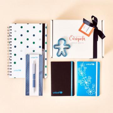 Pack Regalo solidario UNICEF con cuadernos, libreta y bolígrafo en caja regalo
