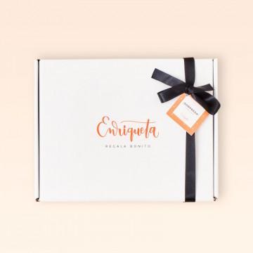 Caja para regalo gourmet Enriqueta Regala Bonito, color blanco.